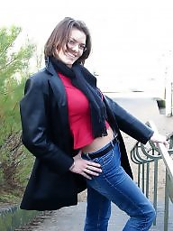 Horny, Model