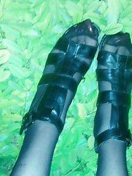 Toes, Long nails, Nails