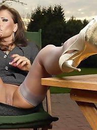 Nylons, Vintage nylon, Nylon upskirt, Upskirt stockings, Nylon stockings