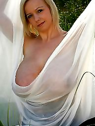Titties, Blonde