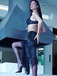 Upskirt, Classy, A bra