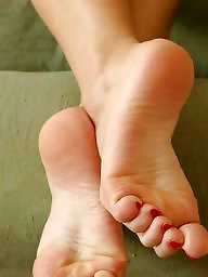 Mature feet, Teen feet, Mature women