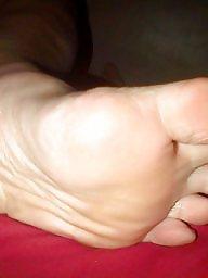 Femdom, Milf feet