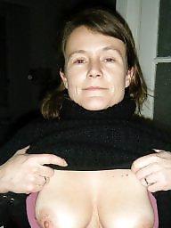 Wives, A bra