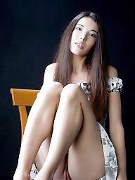 Open, Thighs, Leggings, Open legs, Leg, Toes