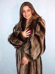 Fur, Mature milf