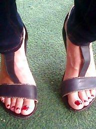 Feet, Milfs, Candid