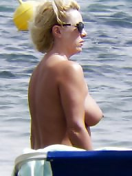 Beach, Caught, Topless, Voyeur beach, Beach voyeur, Milf boobs