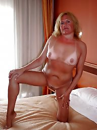 Mature amateurs, Housewive