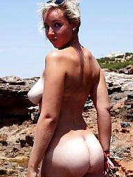 Beach, Wifes tits
