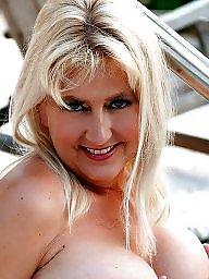 Public nudity, Milf asses