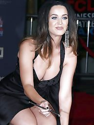 Big tits, Showing tits