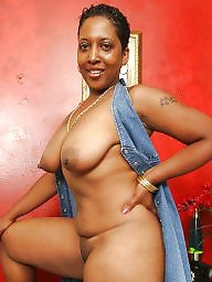 Ebony, Ebony milf