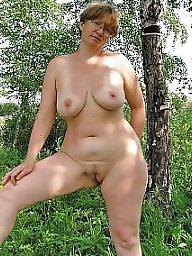 Nude mature, Mature nude