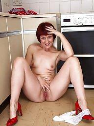 Redhead, Redhead mature