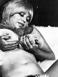Blonde, Vintage boobs