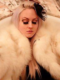 Girls, Fur