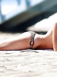 Bikini, Beach