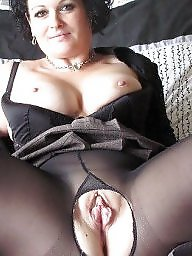 Women, Mature in stockings