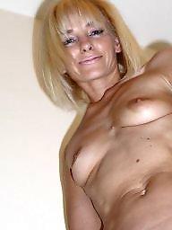Tit mature, Mature nude