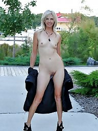 Public, Mature flashing