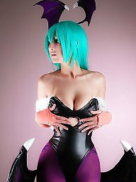Cosplay, Big boobs