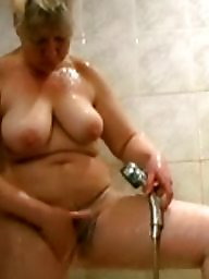 Shower, Mature mom, Mature moms, Voyeur mom, Hairy amateur, Amateur moms