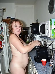 Kitchen, Housewife, Kitchen mature
