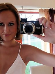 Self shot, Girl