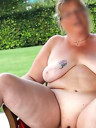 Hot mom, Amateur mom, Moms, Stolen, Voyeur, Mature public