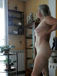 Mature flash, Mature flashing, Flashing mature, Neighbour