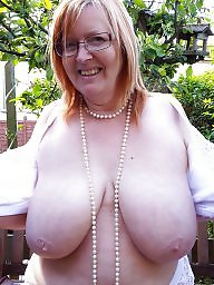 Outdoor, Doggy, Mature outdoor, Big mature, A bra, Outdoor mature
