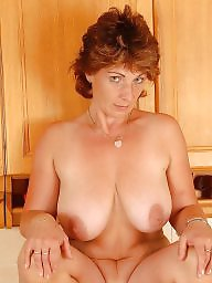 Kitchen, Posing, Milf hairy, Mature posing