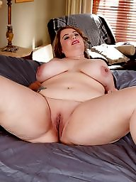 Mature flashing, Mature flash, Twat, Flashing mature
