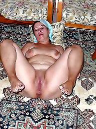 Mom, Chubby, Spreading, Bbw mature, Spread, Mature spreading