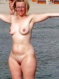Mom, Horny, Milf mom, Horny mature, Mature horny
