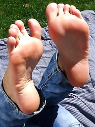 Feet, Sniffing