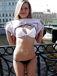 Nude, Street
