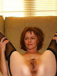 Mature stockings, Grabbing