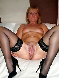 Spreading, Spread, Mature spreading, Mature legs, Milf, Mature spread