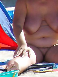 Nudity, Voyeur beach, Beach voyeur