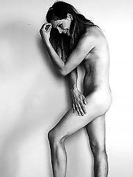 Nude, Women