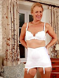Girdle, Mature upskirt, Upskirts, Mature girdle, Vintage mature, Upskirt mature