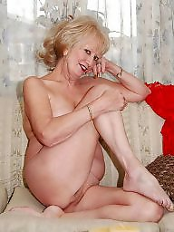 Old mature, Body, Show, Old milf, Hot, Milf hairy