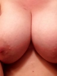 Titties, Milf flashing