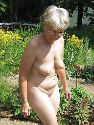 Mature outdoor, Outdoor, Outdoor mature, Outdoors, Mature outdoors, Public voyeur