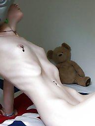 Tits, Emo