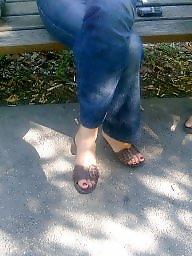 Feet, Candid