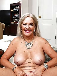 Mom, Mature moms, Amateur moms
