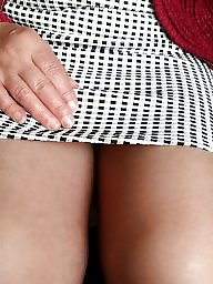 Pantyhose, Pantyhose upskirt, Flash, Tight, Milf pantyhose, Flashing